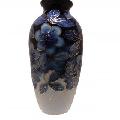Vase Art Déco porcelaine émaillée bleue et or à décor fleurs stylisées signé Camille THARAUD (1878-1954) Limoges Brocante Castres
