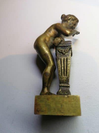 Franz Xavier BERGMANN (1861-1936) - Satyre et Bacchante : Deux sujets en bronze patine mordorée représentant scène érotique. Brocante Castres
